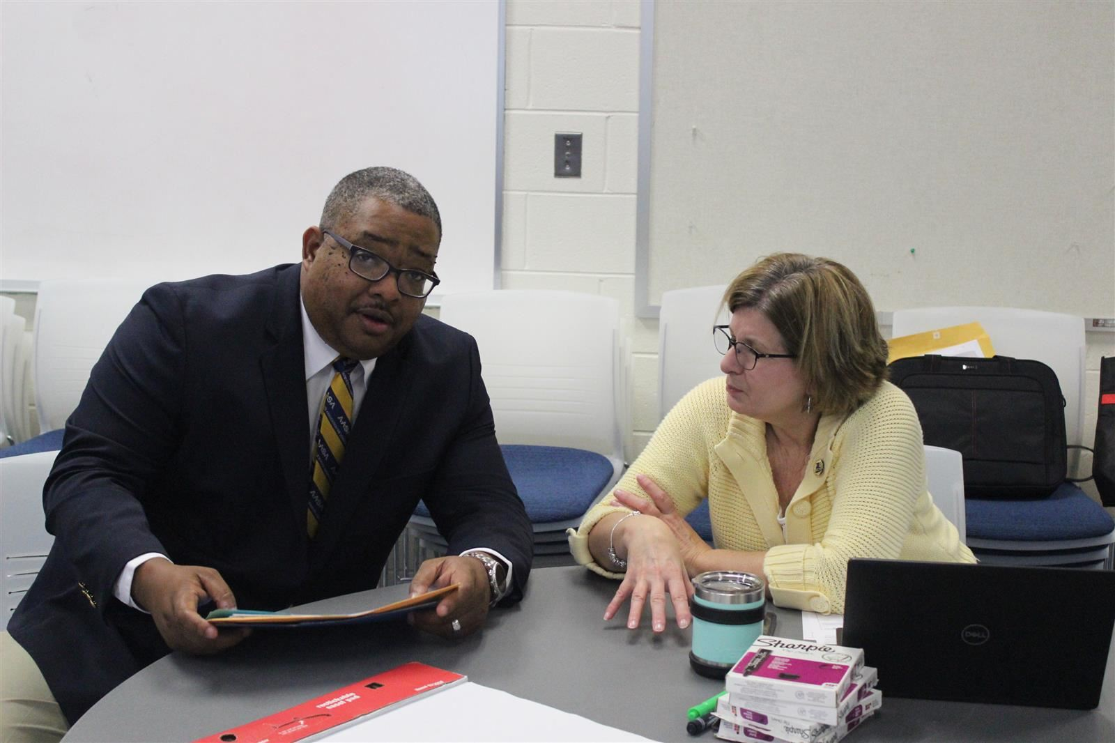 Superintendent Wright and Assistant Superintendent Ward working together for HCPS.